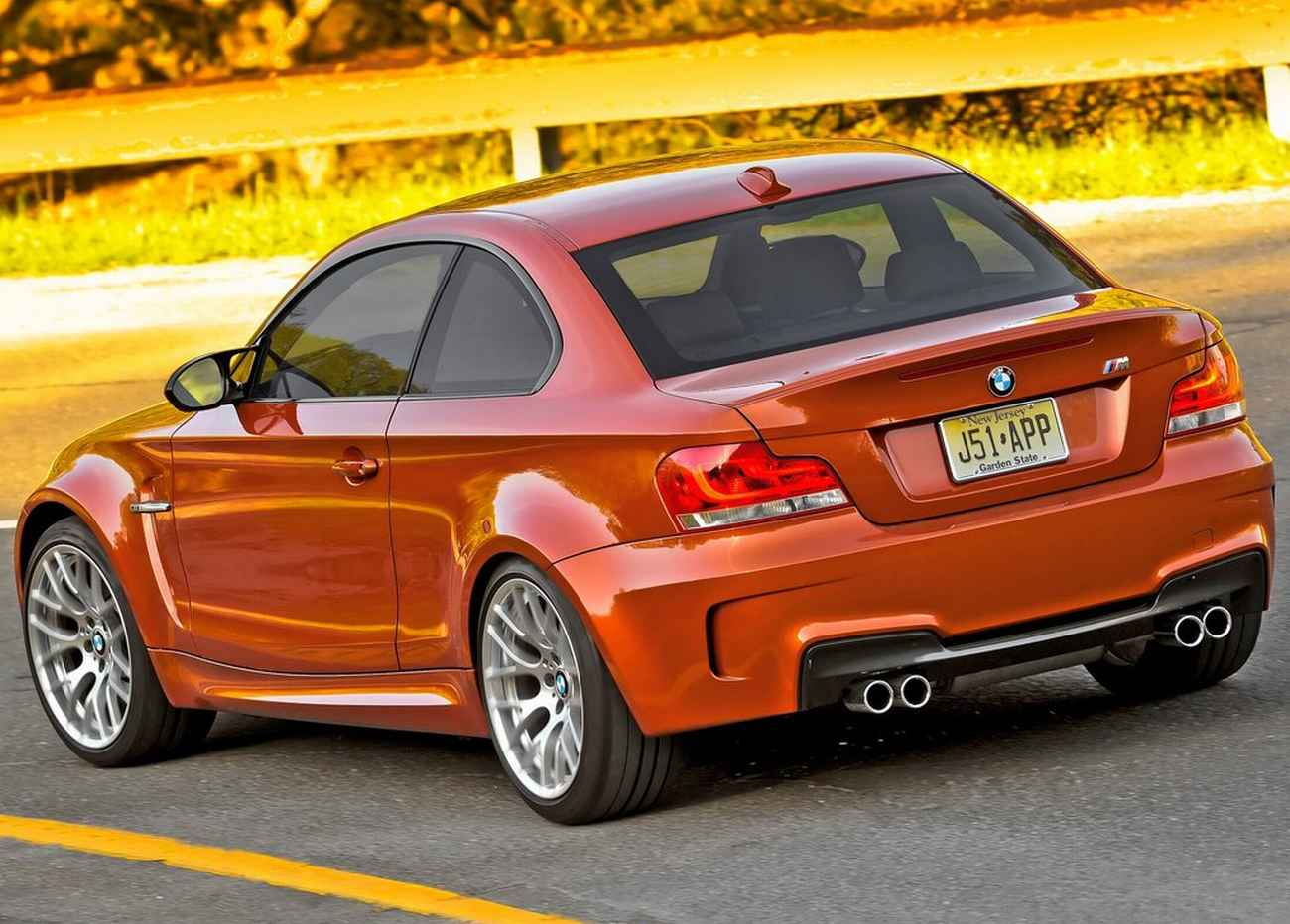 top speed latest cars 2011 bmw 1 series. Black Bedroom Furniture Sets. Home Design Ideas