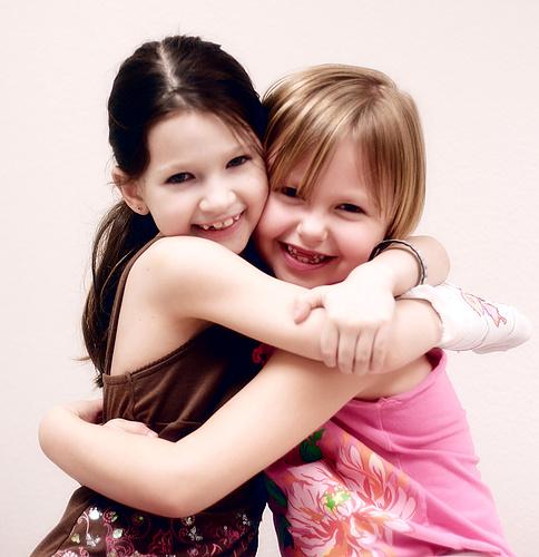 girls hugs