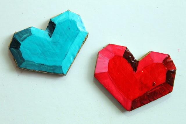 http://4.bp.blogspot.com/-Ivw2S6qC1lA/Uubk7MM-KjI/AAAAAAAASc0/FjgkI1FEB6Y/s1600/hearts.jpg