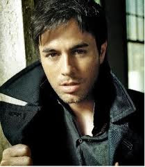 Enrique Iglesias con Pitbull I Like How It Feels Letra Traducida