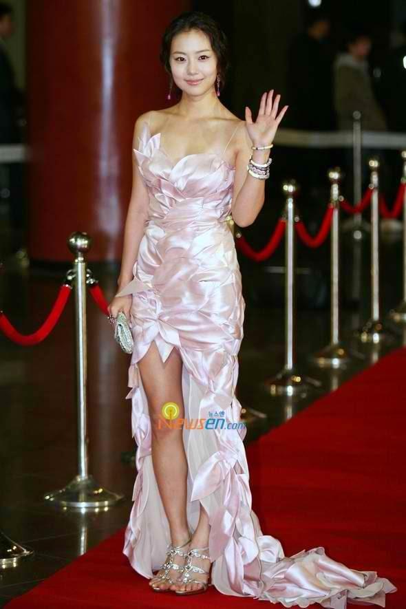 Moon Chae-won photo 003