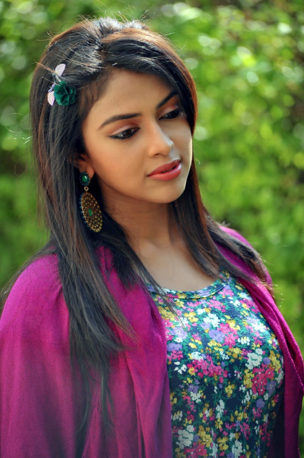 Amala Paul Photos in Iddarammayilotha