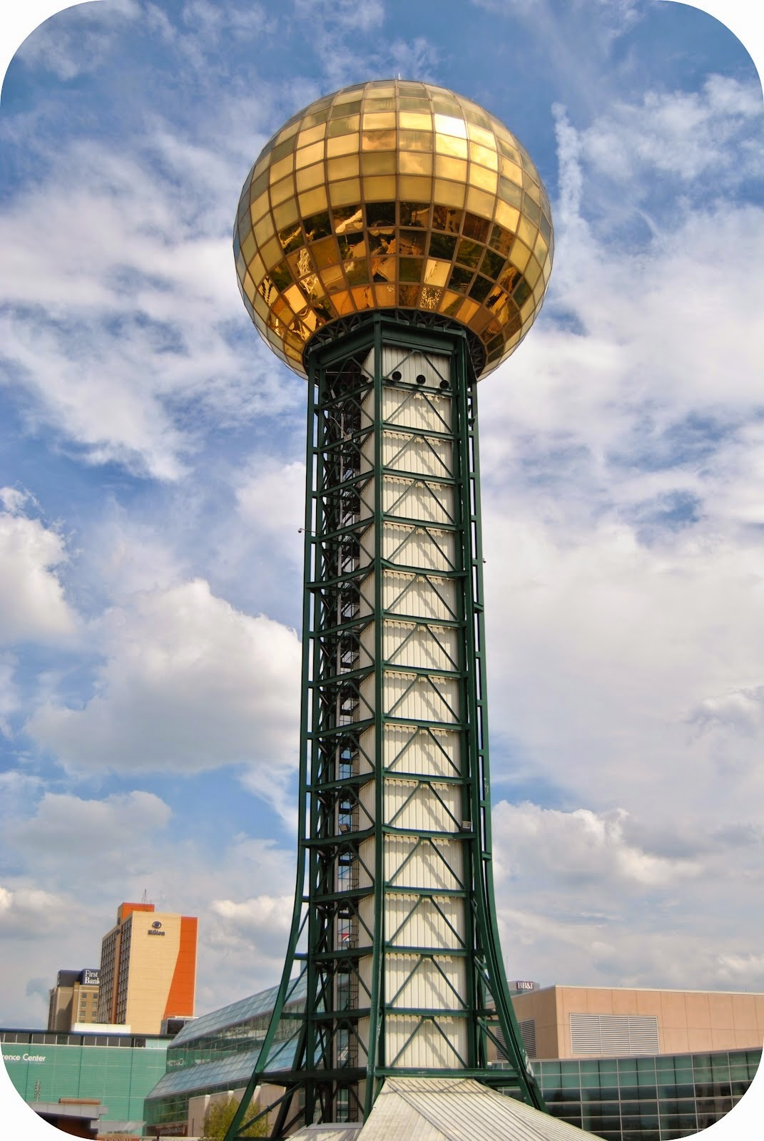 Knoxville TN sunsphere World's Fair architectural tower