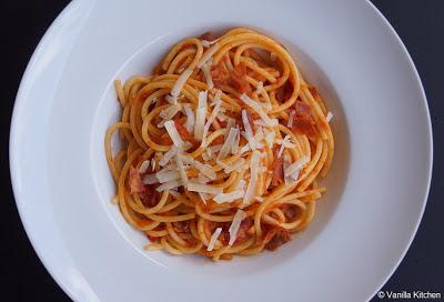 http://noplainvanillakitchen.blogspot.com/2012/10/pastasaucen-xv-bucatini-allamatriciana.html