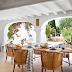 Una casa para veranear en IbizaA summer home in Ibiza
