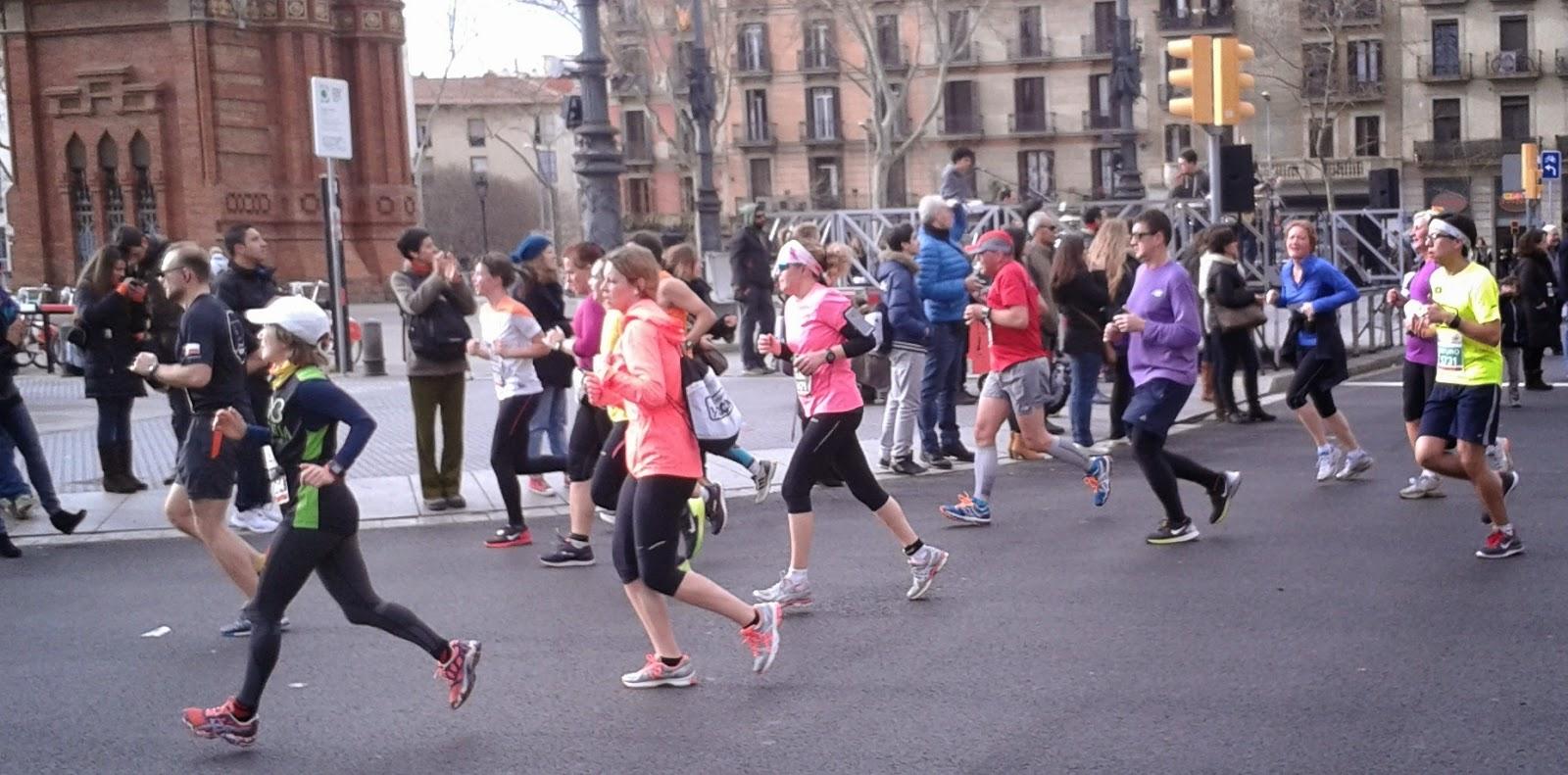media maraton barcelona 2015