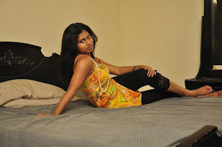 Kavisha Ayeshani hemasiri hot bed