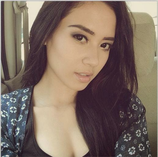 Biodata & Foto Elvira Devinamira Puteri Indonesia 2014