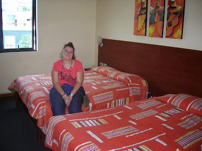 Habitación Hotel Las Palmas, Lima, Perú, La vuelta al mundo de Asun y Ricardo, round the world, mundoporlibre.com