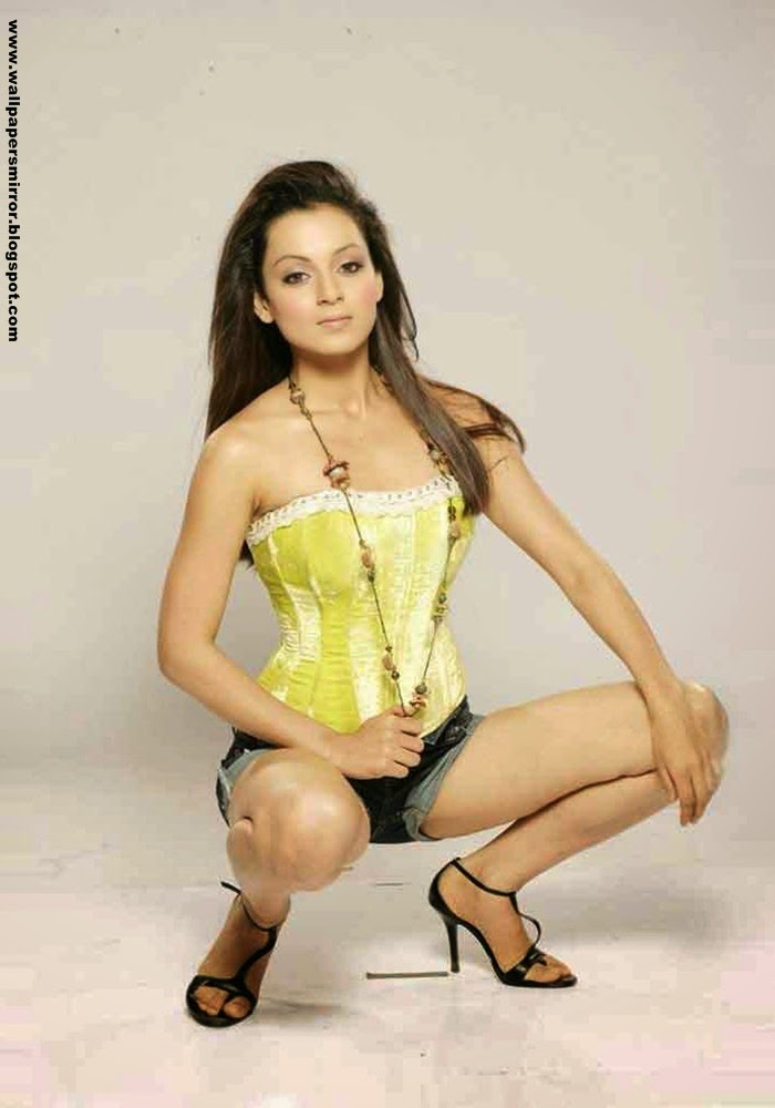 Top 10 Kangana Ranaut Hot Photoshoot