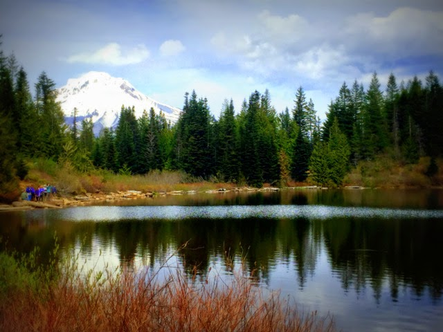 Mother's Day Hike Tome Dick & Harry Mountain Oregon Mirror lake