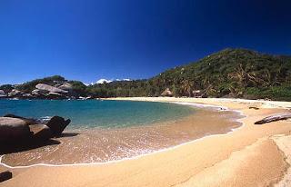 Playa Hermosa en un Parque de Colombia