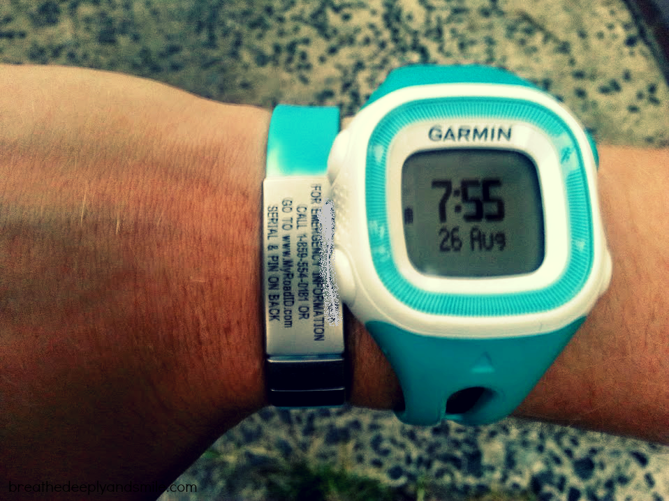 garmin-forerunner-15-gps-running-watch1