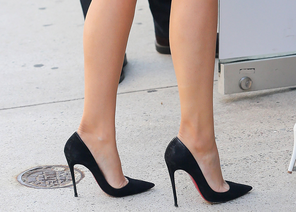 louboutin so kate black