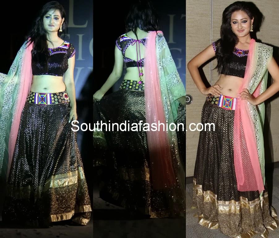 designer blouses by mugdha art studio 2014