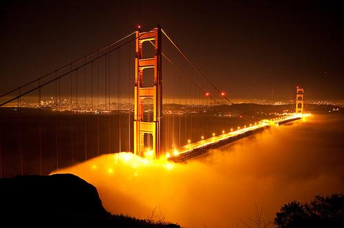 Encyclopedia golden gate bridge at night for Golden night