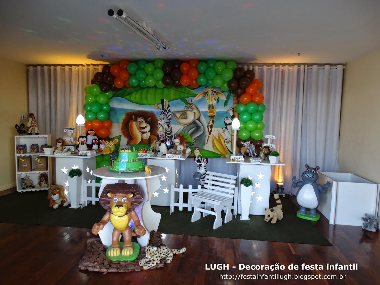 decoração provençal com o tema Madagascar para festa de aniversário infantil