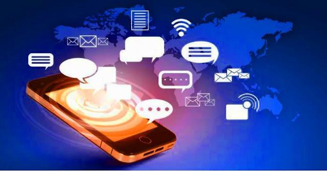 The risk WhatsApp messaging between applications?