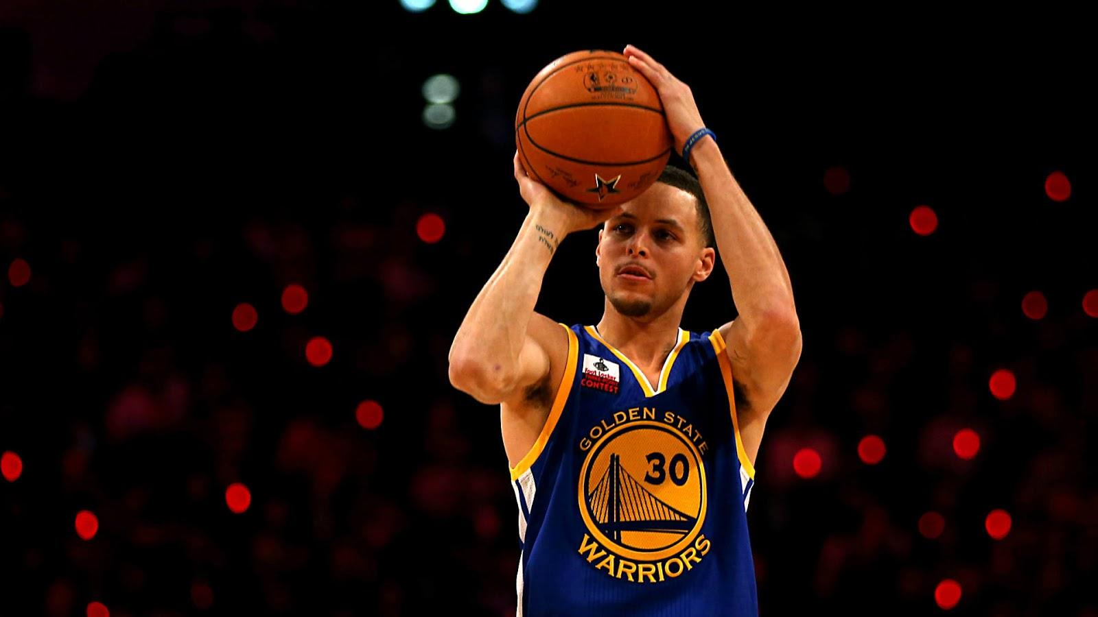 Basketball Star Player Stephen Curry Wallpaper