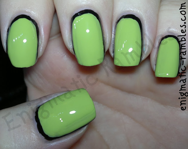 barry-m-key-lime-w7-black-u-shape-outline-nails