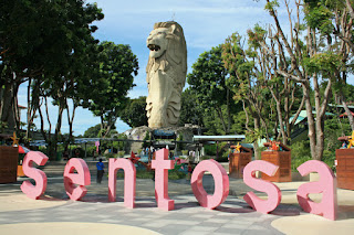 du-lich-singapore-The-Merlion-Sentosa