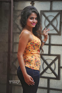 Actress-Sheena-Shahabadi-Latest-Stills