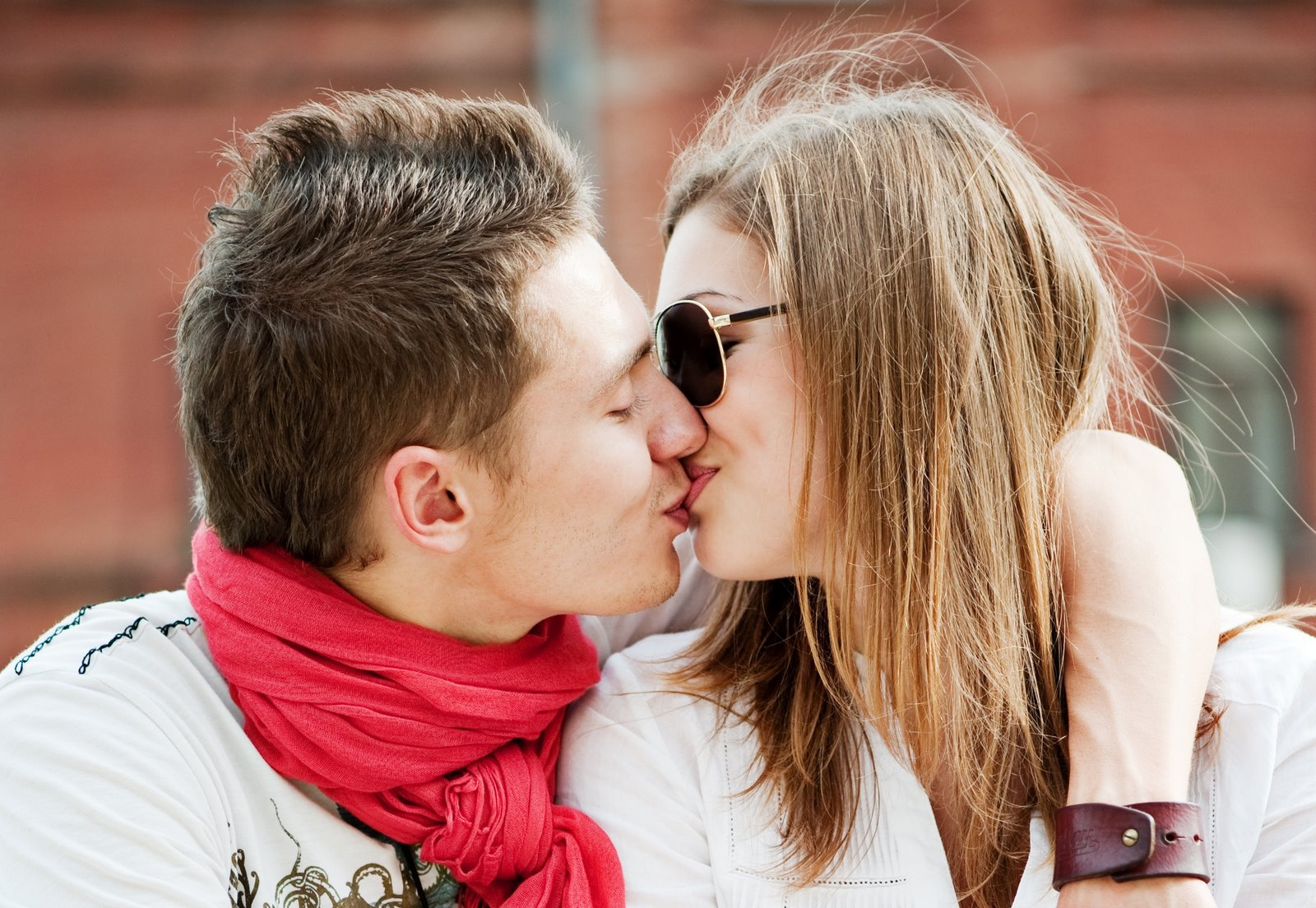 Romantic Love Couples Kissing Wallpapers 4 Top World Pic