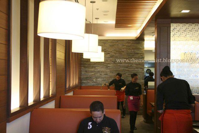Sariwon Korean Barbecue restaurant interior
