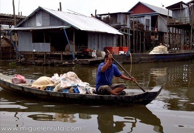 Barcas-transportes-Kompong-Phluk
