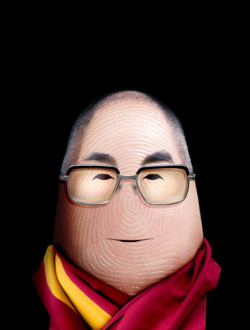 12-Dalai-Lama-Dito-von-Tease-Portraits-on-a-Finger-www-designstack-co