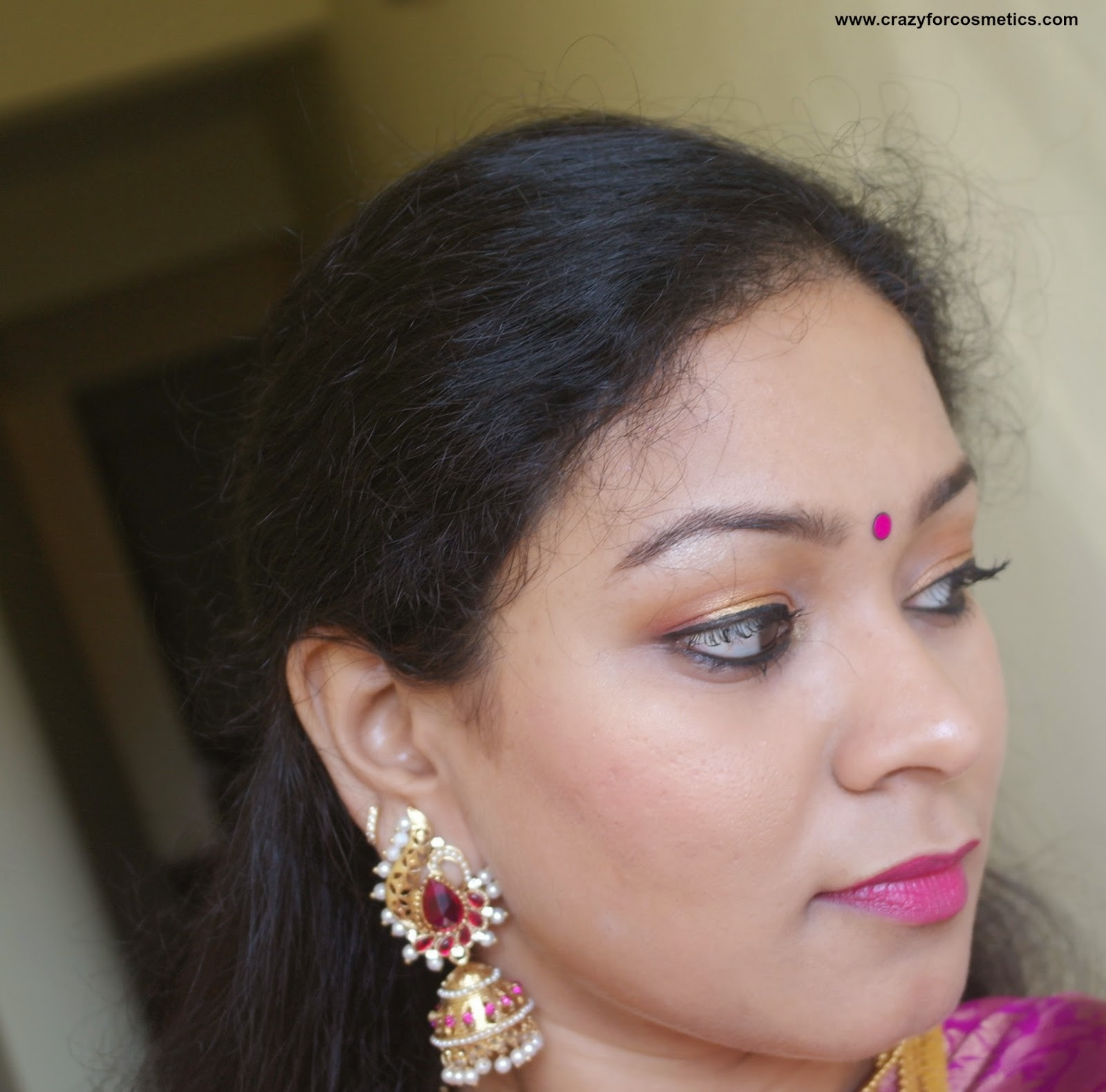 south indian wedding jewellery - jhumkas