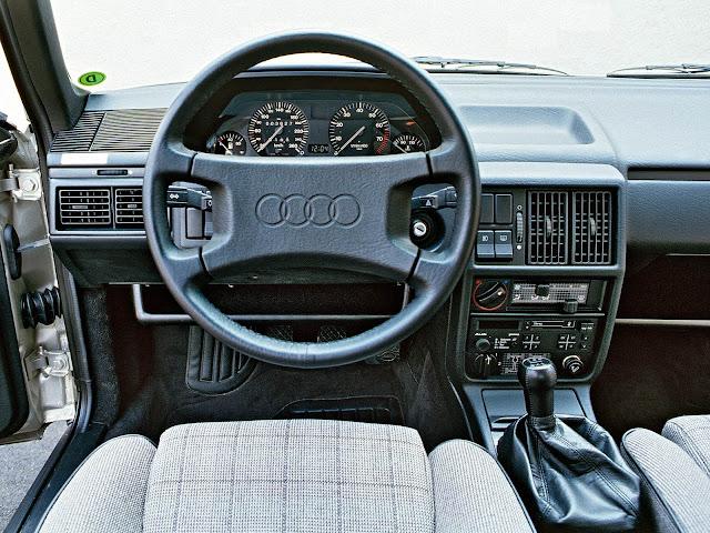 Audi 100 - terceira geração - interior