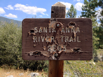 Santa Anna (Ana) River Trail sign 2E03