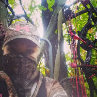 Hoyt Bowhunter Holibeth Helton