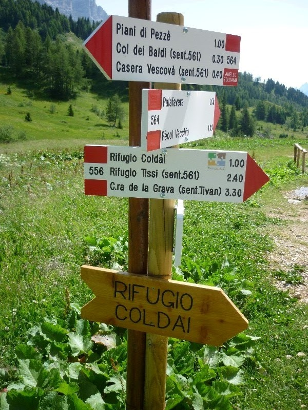 Lago coldai e rifugio tissi for Piani di coperta e costi
