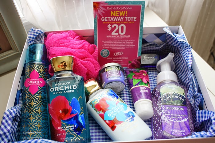 Bath and Body Works Insiders Getaway Tote Review #BBWInsider