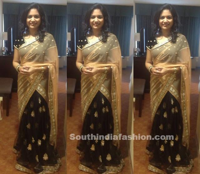 singer sunitha half sarees