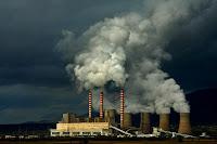 Στο σκαμνί η ΔΕΗ για τις χρεώσεις CO2 στα δίκτυα μέσης τάσης