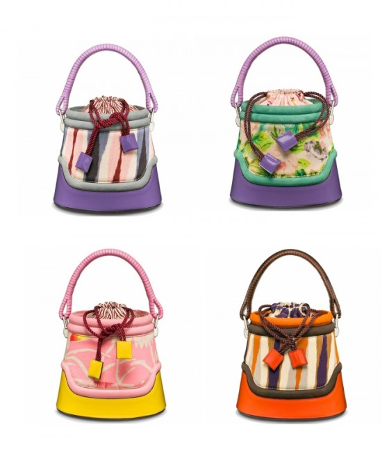 Trendy Handbags With Colorful Style