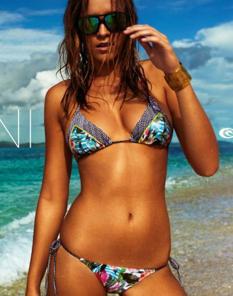 bikinis surferos