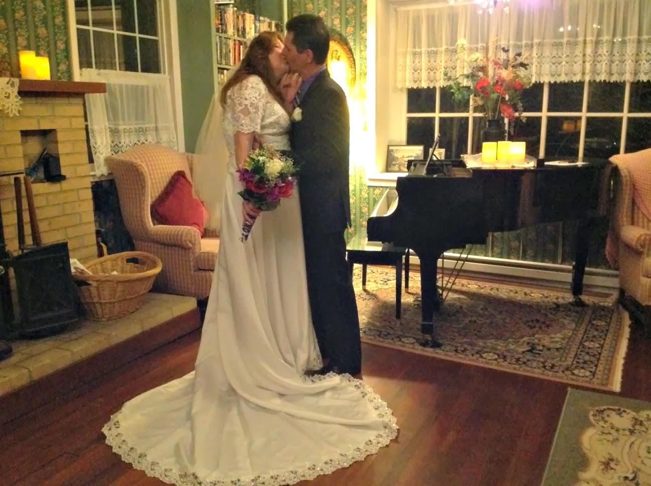 Oregon Coast Weddings and Elopements http://orcoastweddings.com