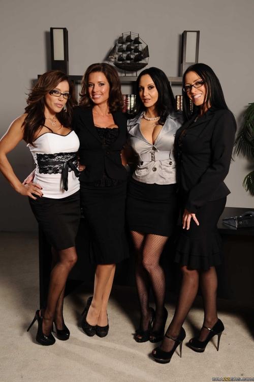 En la oficina poringa for Lesbianas en la oficina