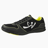 http://www.zumba.com/en-US/store/US/product/z-kickz?color=Black