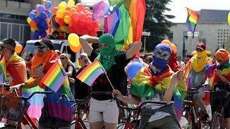 """Samy Tuțac 🔴 """"Dumnezeu nu condamnă homosexualitatea"""". Serios? Cine ți-a spus?"""