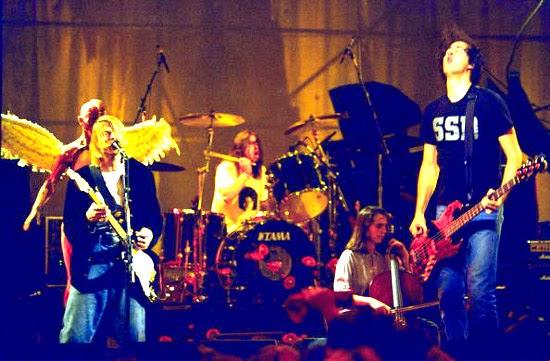 Nirvana Onstage image