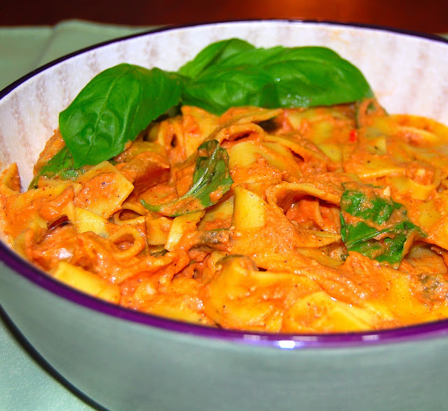 pasta in roasted tomato chipotle sauce