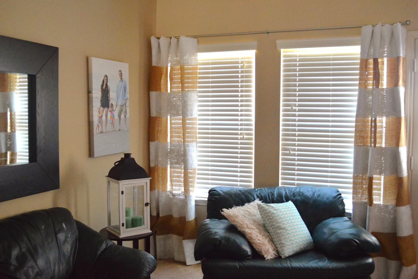 A diy life diy striped burlap curtains for Diy curtain ideas for living room