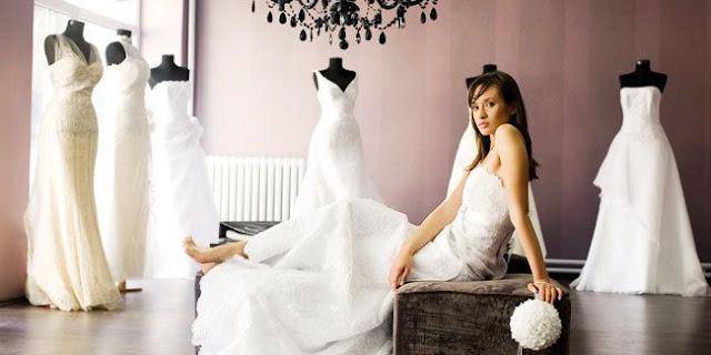 Makna Berbagai Macam Warna Gaun Pengantin [ www.BlogApaAja.com ]