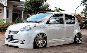 Modifikasi mobil agya trd warna putih hitam silver terbaru