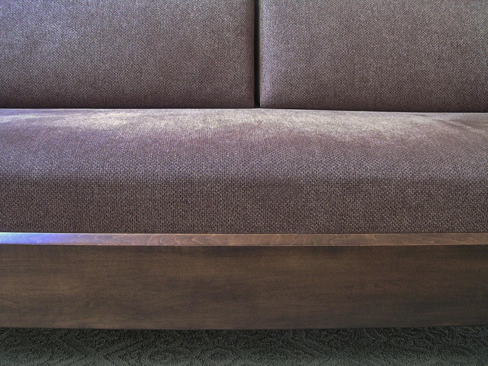 Amish Originals Furniture Co: Comfortable Seating title=